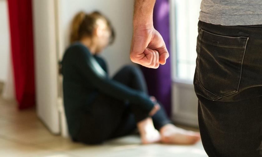 Jak sobie radzić w przypadku przemocy domowej