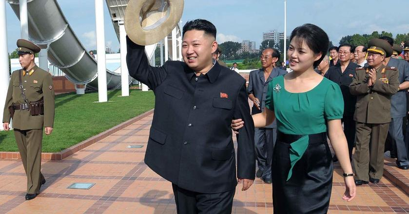 Kim Dzong Un z żoną Ri Sol-ju