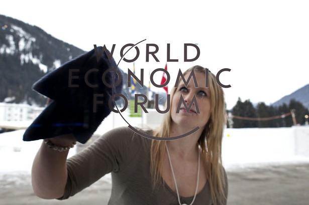 Ostatnie przygotowania do Dorocznego Spotkania Światowego Forum Ekonomicznego w Davos, w Centrum Kongresowym fot. bloomberg