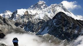 """Nepal chce """"wynajmować"""" góry prywatnym agencjom, by zmniejszyć ruch na Evereście i najwyższych szczytach"""