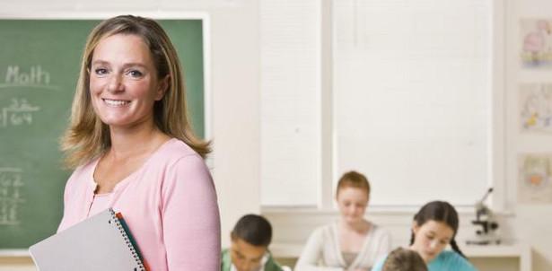 Nowelizacja Karty Nauczyciela: Rząd zlikwidował godziny karciane