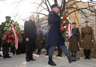 Gliński: Po latach systemowego kłamstwa Rzeczpospolita honoruje swoich synów
