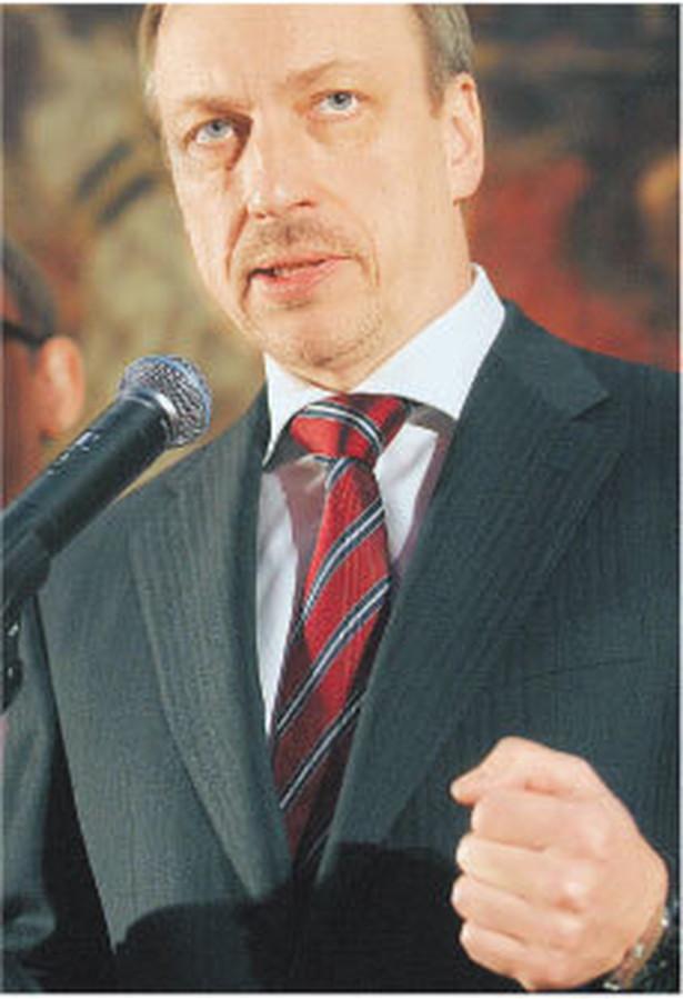 Dla wolności słowa lepiej byłoby, żeby autoryzacji w ogóle nie było – mówi minister kultury Bogdan Zdrojewski Fot. Bartłomiej Zborowski/PAP