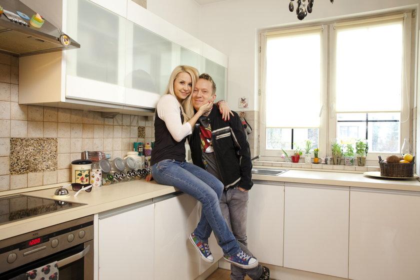 Ewa i Tomek Lubertowie we własnej kuchni