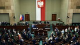 PiS wciąż liderem, KO minimalnie góruje nad Hołownią. Nowy sondaż