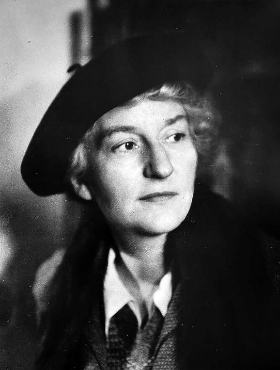 Malvina Hofman