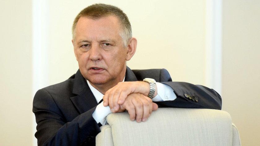 Kiedy Marian Banaś nadzorował Krajową Administrację Skarbową, wypłacono tam sute nagrody