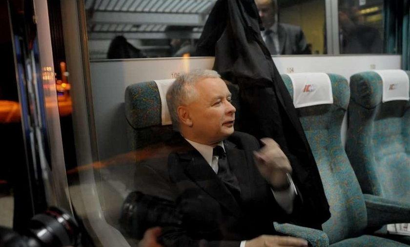 Kaczyński ruszył w Polskę pociągiem