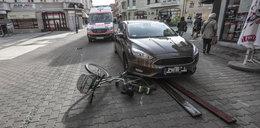 Dramat w Zielonej Górze! Auto bez kierowcy przejechało kobietę