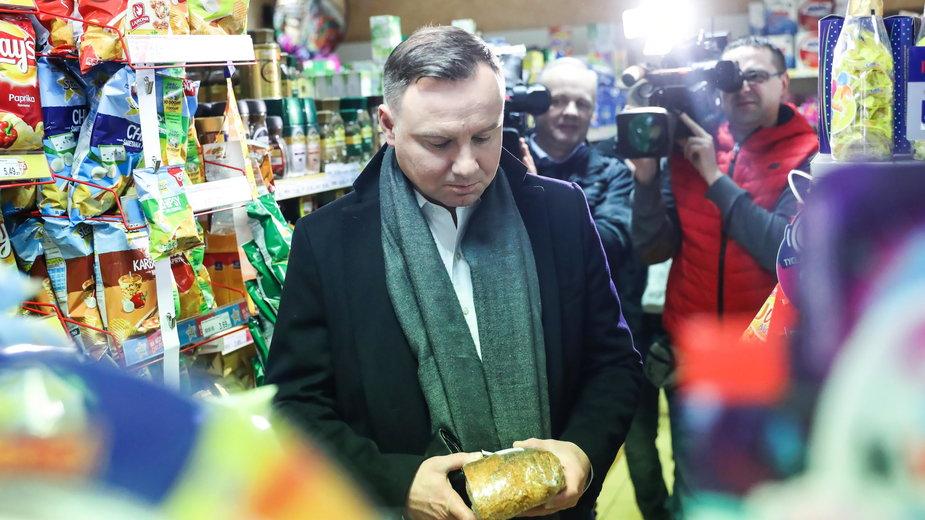 Prezydent Andrzej Duda na zakupach