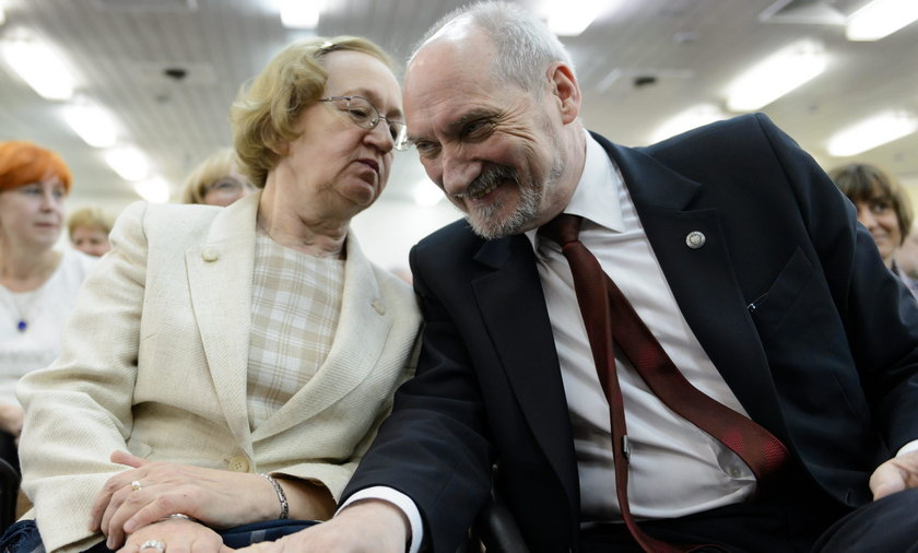 """Awantury u Macierewiczów. Żona: """"Mam tego dosyć!"""""""