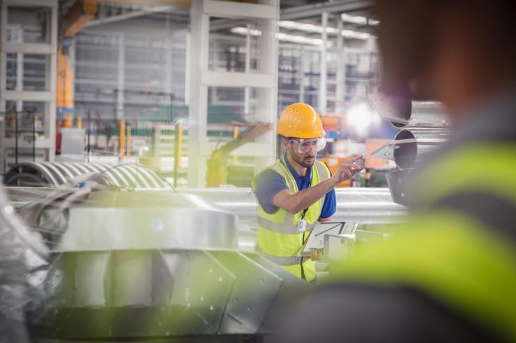 fabrika radnici profimedia-0516058814 industrija ekonomija radnici