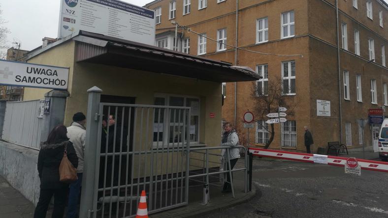 Szczecin: Szpital MSWiA zamknięty. Wśród pracowników zapanowała odra