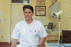 DOKTOR O KOME DANAS BRUJI CELA SRBIJA Boris je odveo majku na operaciju, a kada se vratio, čuo je priču koja ga je ZAPANJILA