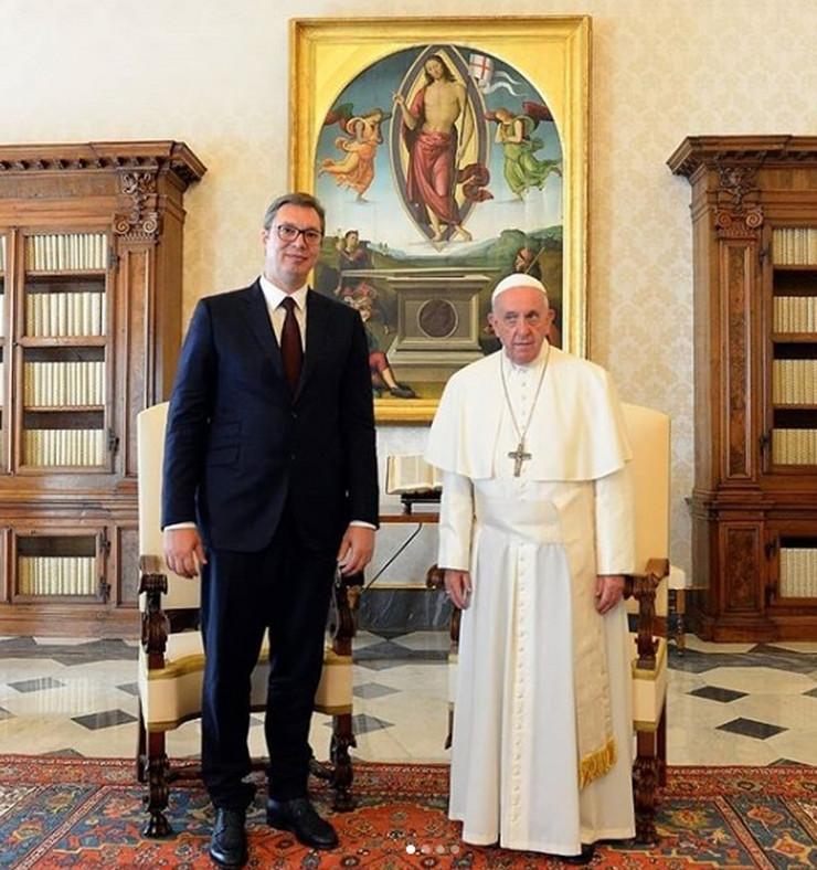 Aleksandar Vučić papa Franja Vatikan prtscn Instagram buducnostsrbijeav