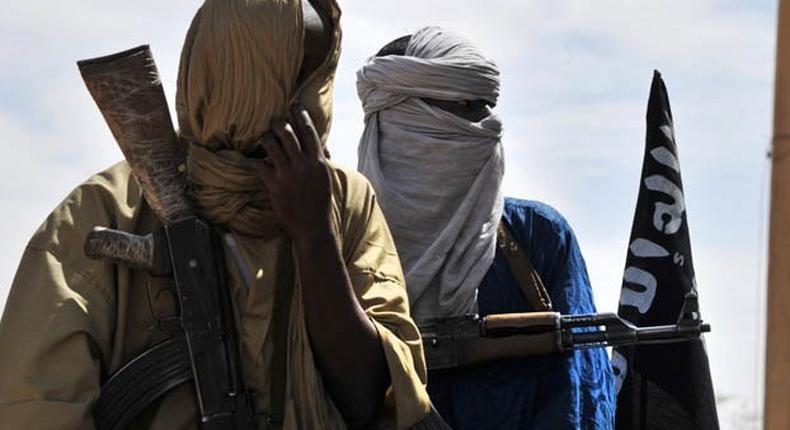 Suspected Islamist militants kill eleven soldiers at Burkina border