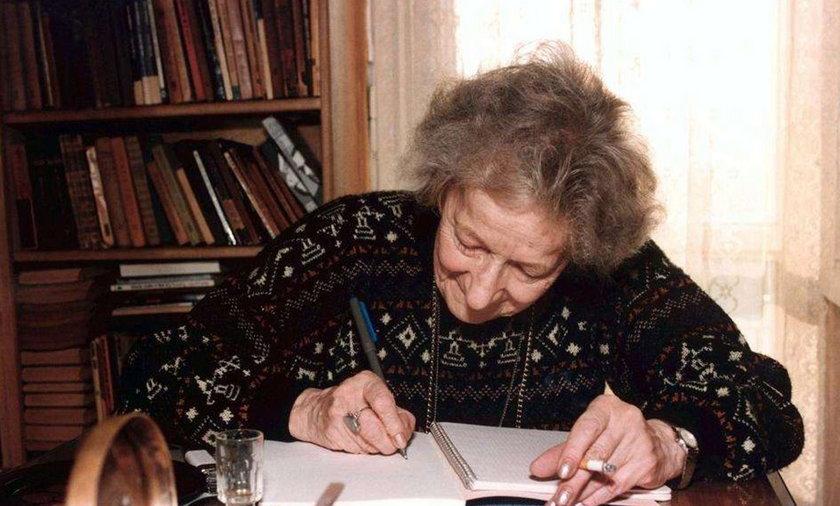 Wisława Szymborska zmarła na...