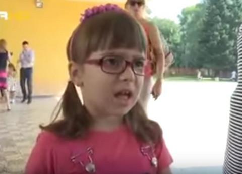 O ovoj devojčici priča ceo region, a i vi ćete je odmah zavoleti!