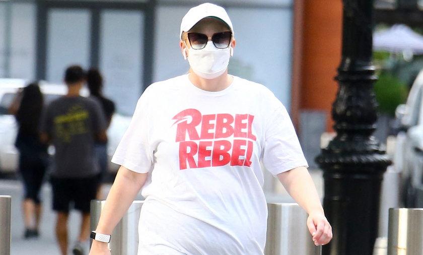 Rebel Wilson zmieniła się nie do poznania. Aktorka zrzuciła 30 kilogramów i rzuciła miliardera