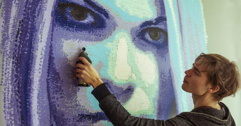 SprayPrinter umożliwia malowanie sprayem obrazów z cyfrowych plików np. na ścianach