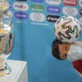 """DEFINITIVNO PROMENA! UEFA obelodanila - izmenjeno je važno pravilo na Evropskom prvenstvu, a golmani dobili """"povlasticu"""" koju ostali igrači nemaju"""