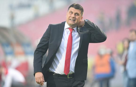 Vladan Milojević, trener Zvezde, bip je nezadovoljan igrom pulena