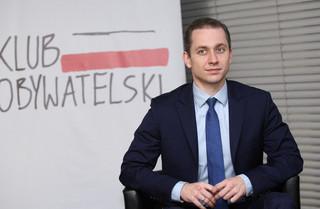 Tomczyk: Opinia publiczna musi poznać informacje dot. 'wykończenia' przetargu na 13 mld zł