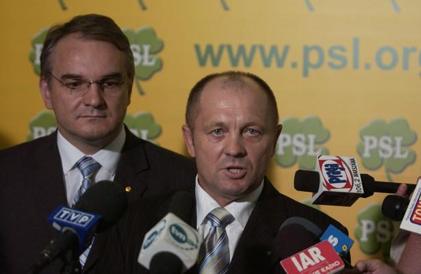 Wicepremier i minister gospodarki Waldemar Pawlak i minister rolnictwa Marek Sawicki