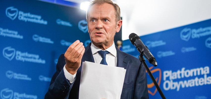 """Tusk odciął się za """"für Deutschland"""". Zobaczcie jakie nazwiska jego zdaniem firmują tę kampanię!"""