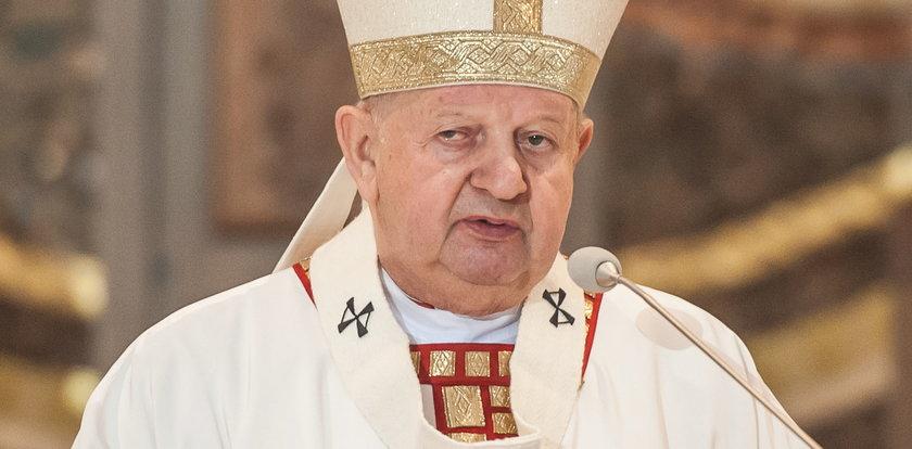 Nieoficjalnie: Watykan zakończył badanie sprawy kard. Dziwisza