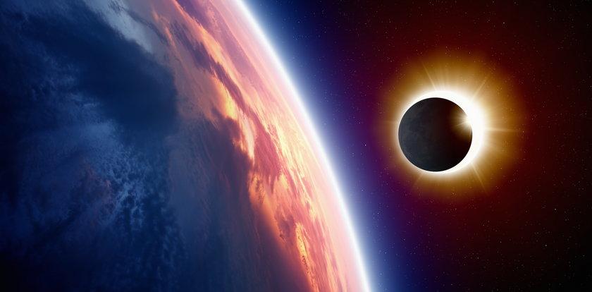 Przez to obejrzysz zaćmienie słońca. Uważaj na oczy