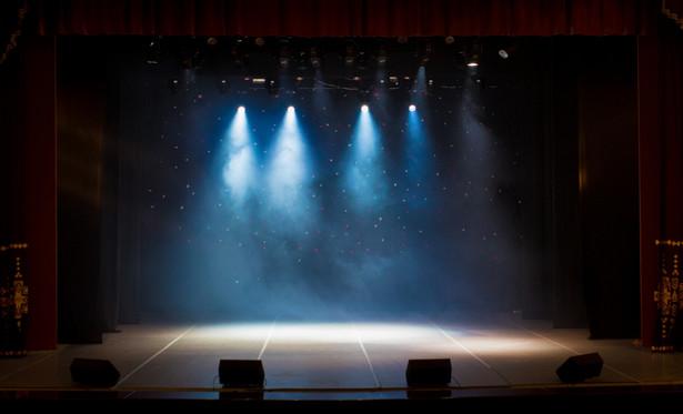 Premiera przedstawienia odbędzie się w piątek 10 maja o godz. 19.00 w TR Warszawa. Kolejne spektakle będą grane 12, 14 i 15 maja.