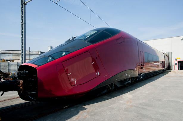Włoski pociąg dużych prędkości Nuovo Trasporto Viaggiatori (NTV), w fabryce Alsom SA we włoskim Savigliano. Alstom SA to drugi największy producent szybkich pociągów na świecie, wyprodukował 2/3 wszystkich szybkich pociągów globu. Fot. Bloomberg.