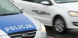 Po obławie na Saskiej Kępie. Policjanci odnaleźli porzucone auto