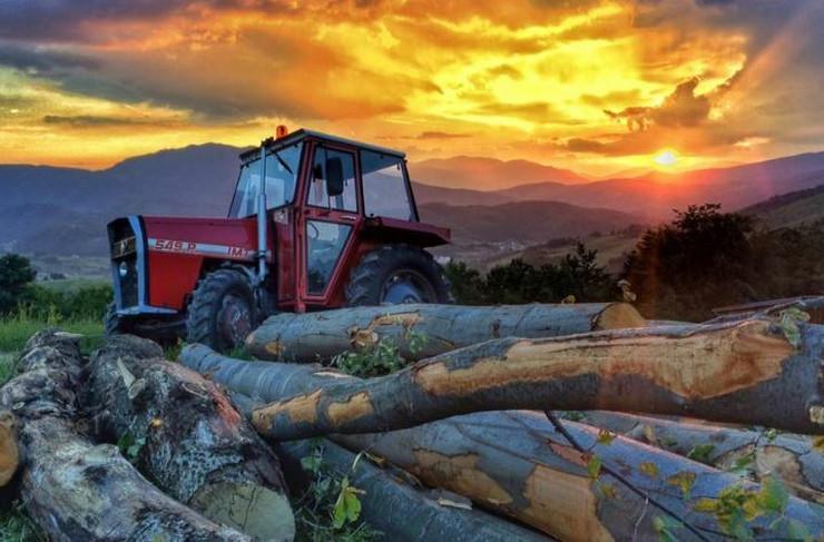 Mihael Calaga mladic traktori Kresevo