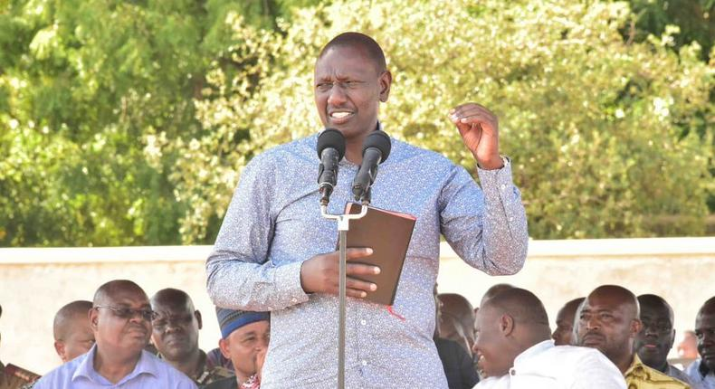 DP William Ruto who stated that former PM Raila Odinga approached him 4 times before the March 2018 handshake (Twitter)
