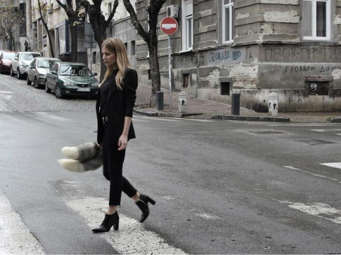 Iz ugla jedne Beograđanke: Kada bi glave poletele niz ulicu, svako bi potrčao za svojom