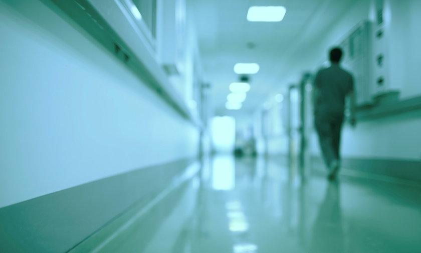 Lekarka zamiast pomóc – zabijała. Doprowadziła do śmierci ponad 800 pacjentów!