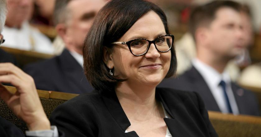Członkini zarządu PZU Małgorzata Sadurska, była posłanka PiS i szefowa kancelarii prezydenta w latach 2015-2017, zarobiła w PZU 421 tys. zł