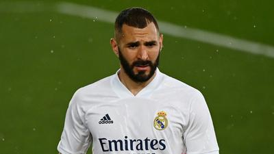 Real Madrid striker Benzema tests positive for Covid-19