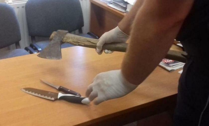 Siekiera i noże