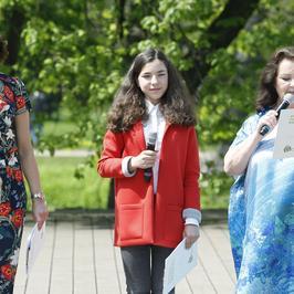 Anna Dymna, Anna Popek i Bronia Zamachowska na Festiwalu Zaczarowanej Piosenki