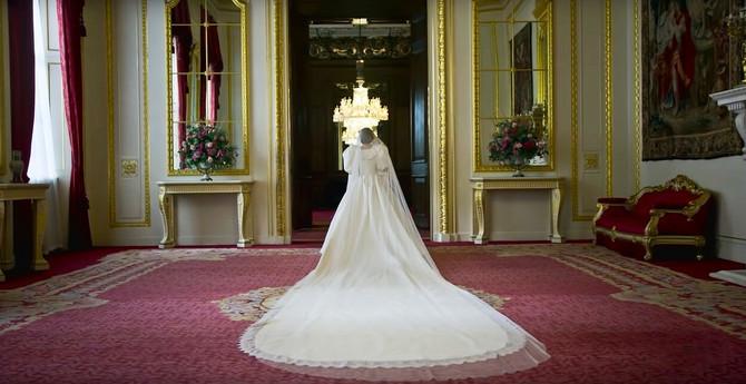 Replika venčanice koju je nosila princeza Dajana na venčanju