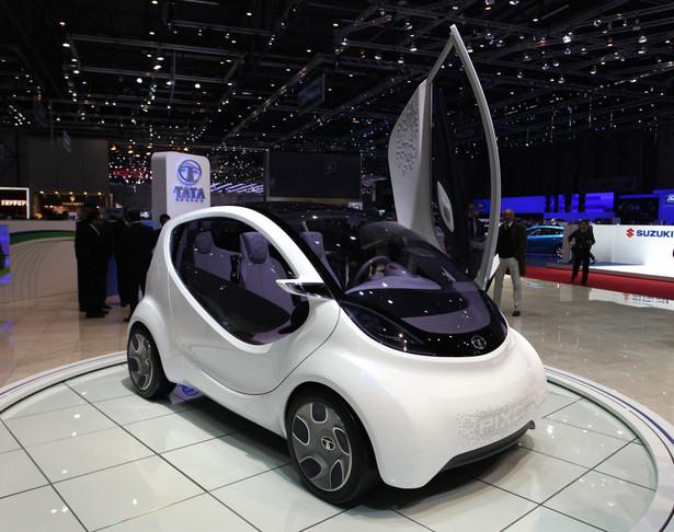 """Pixel, droższy i bardziej zaawansowany następca Nano, """"najtańszego samochodu świata"""" firmy Tata Motors"""