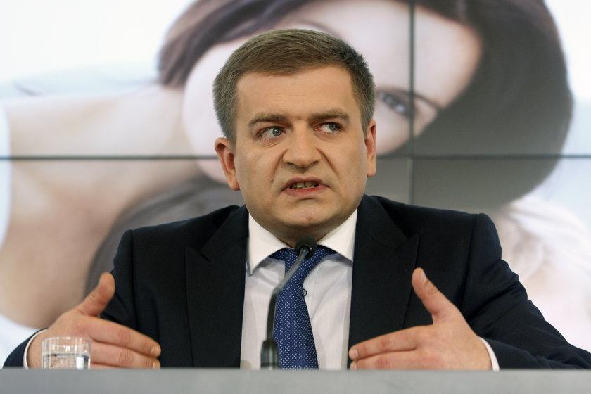 Plan finansowy NFZ podpisał minister zdrowia Bartosz Arłukowicz