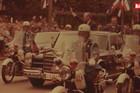 EUFORIJA NA ULICAMA!Jedna od POSLEDNJIH poseta američkog predsednika Srbiji dogodila se pre više od TRI decenije, a evo kako ga je Beograd dočekao