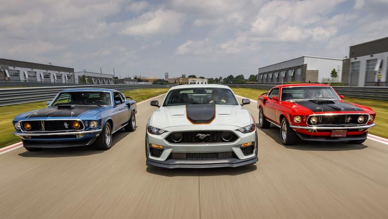 Ford Mustang Mach 1 pierwszej generacji zadebiutował w 1969 roku. Powstał dzięki podrasowaniu Mustanga GT, a nazwą nawiązywał do kojarzonej z samolotami ponaddźwiękowymi liczby Macha