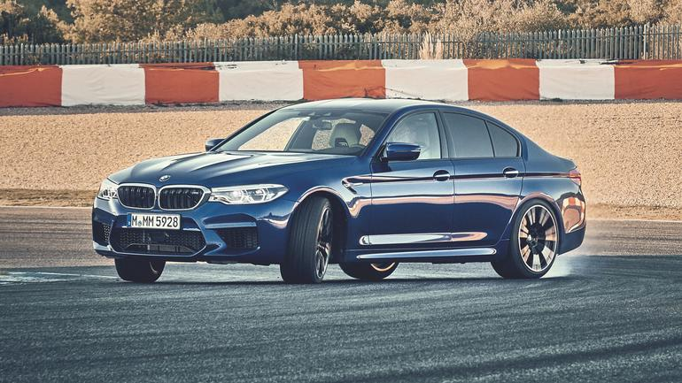 BMW M5 - ta ślicznotka to bestia