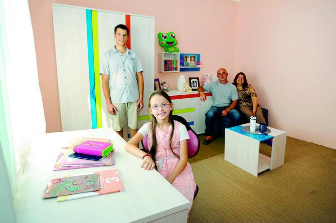 Mada oboje nezaposleni, Slađan i Tamara Stojanović izveli su decu na pravi put