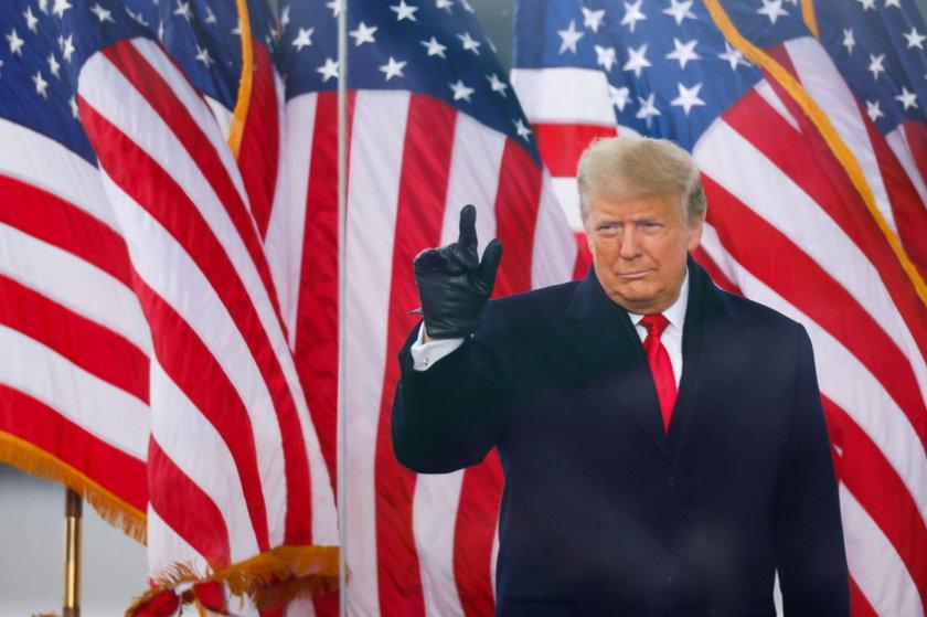 """Nowy prezydent USA wymienił kogo zaatakowano. """"Wzywam Trumpa, by wystąpił w telewizji"""""""